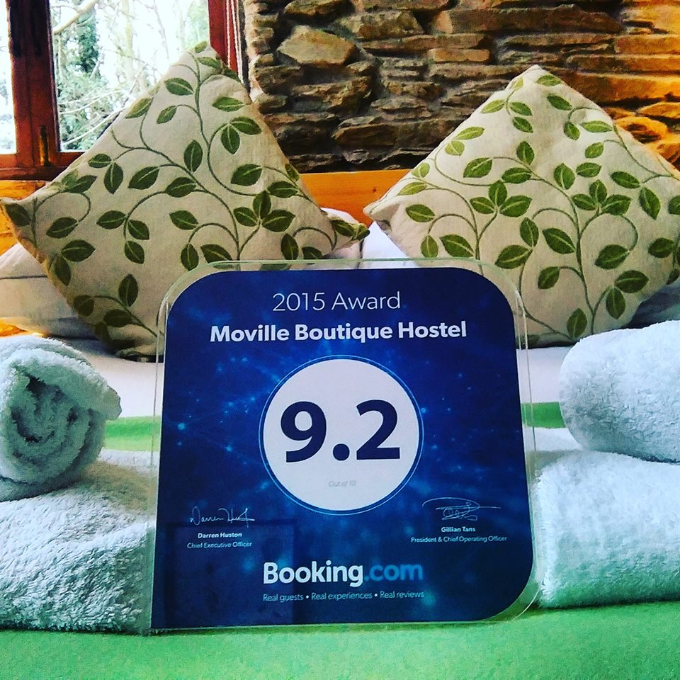 Moville Boutique Hostel Booking.Com Guest Review Award