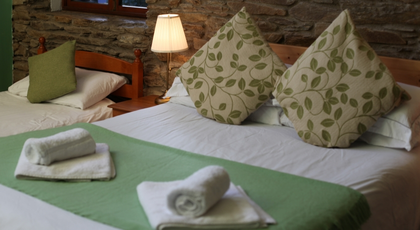 Moville Boutique Hostel - Delluxe Family Room